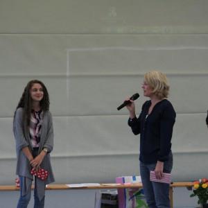 Die Siegerin des Schulplaner-Kunstwettbewerbs
